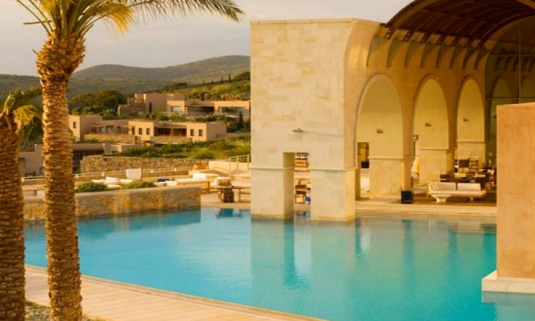 Trivago: Greece in six countries with most five-star hotels