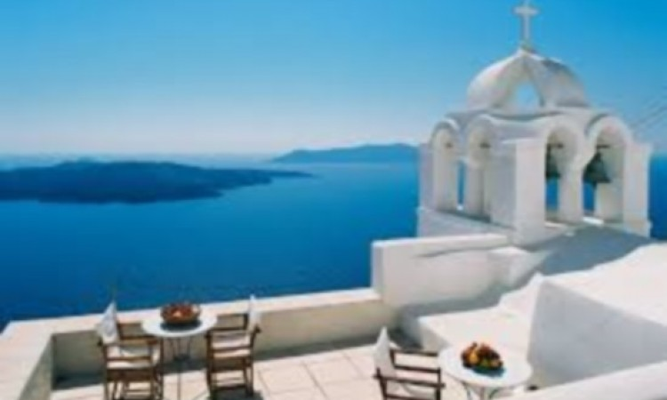 Santorini in 5 most inspiring destinations