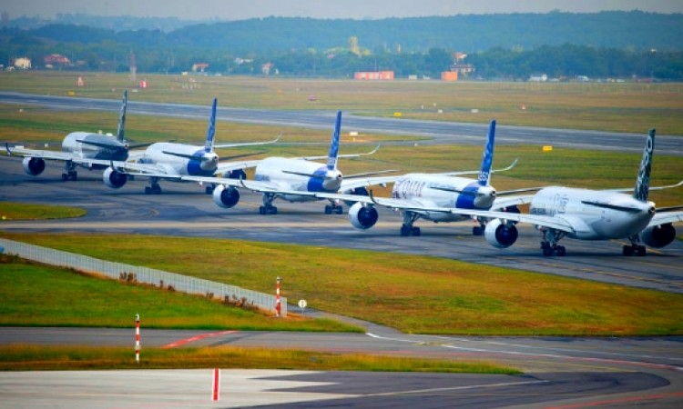 Airbus exceeds targets in 2015