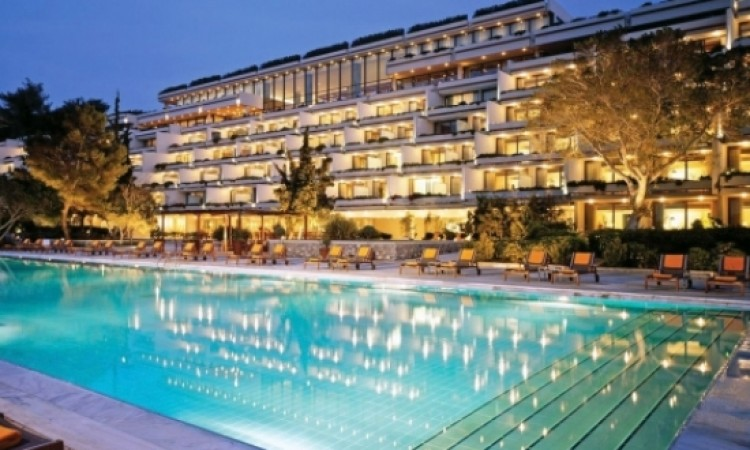 New agreement on Astir Palace Resort sale