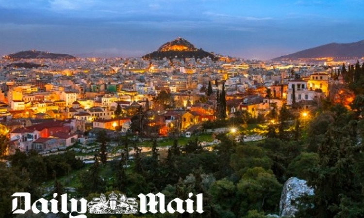 Daily Mail: Athens is the grandest university