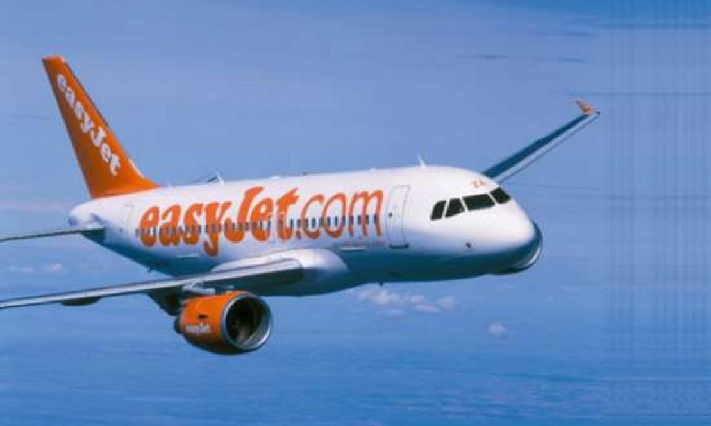 easyJet: +7% passengers in 2015