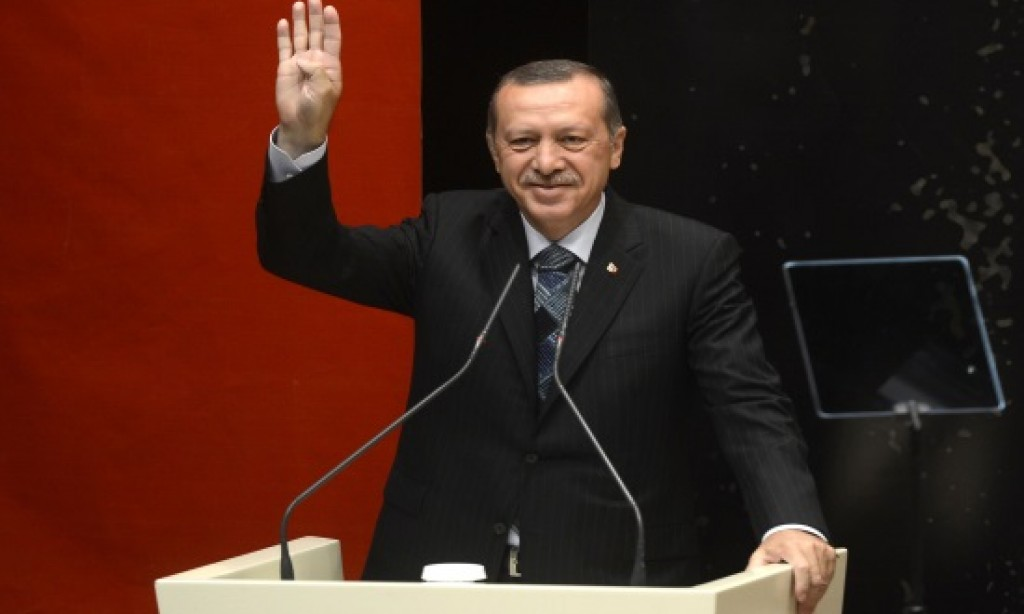 Erdogan: Turkey to re-examine ties with EU after referendum